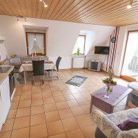 Ferienwohnungen Bickel - Wohnung 4 - Wohnraum