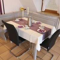 Ferienwohnungen Bickel - Wohnung 4 - Wohnraum mit Esstisch